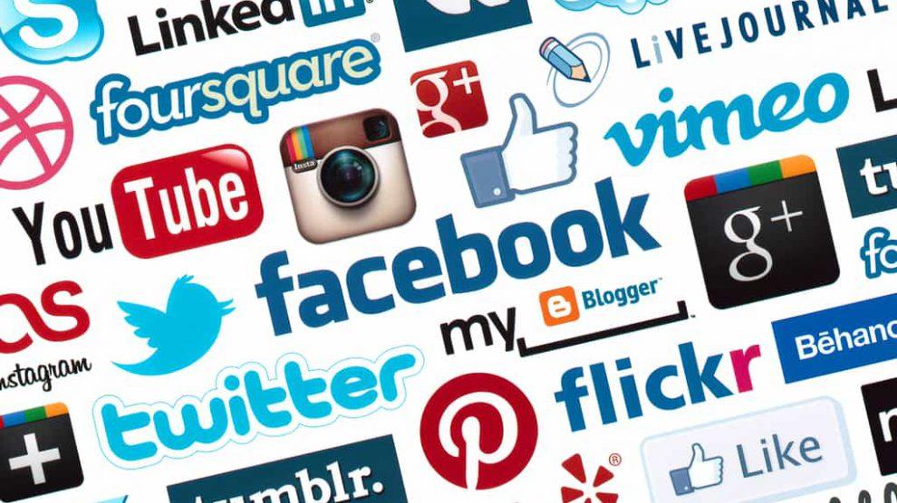 منصة SocialMedia Market للإستفادة ماديا من مواقع التواصل الإجتماعي و الإستثمار